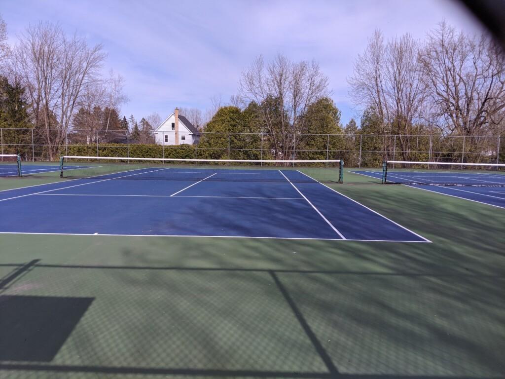 Terrains de tennis East Angus--